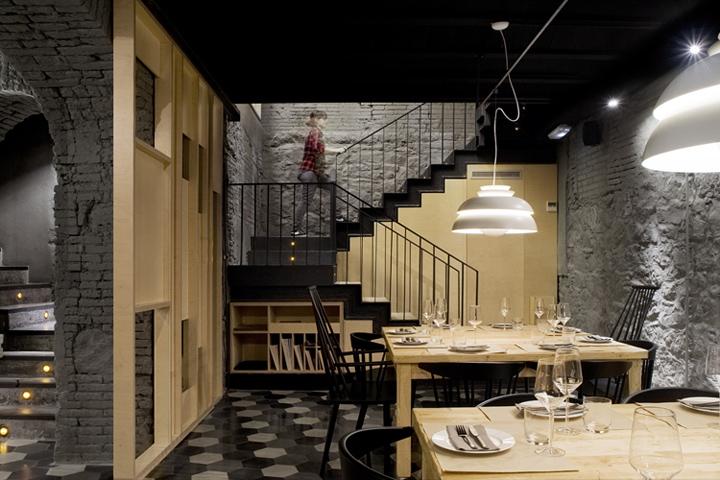 Sabºc restaurant by adam bresnick architects barcelona