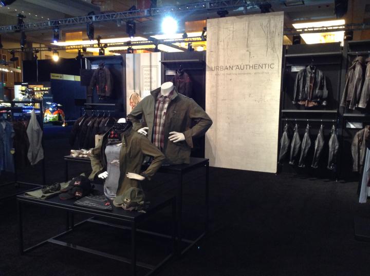 Spyder F3机车服俱乐部设计