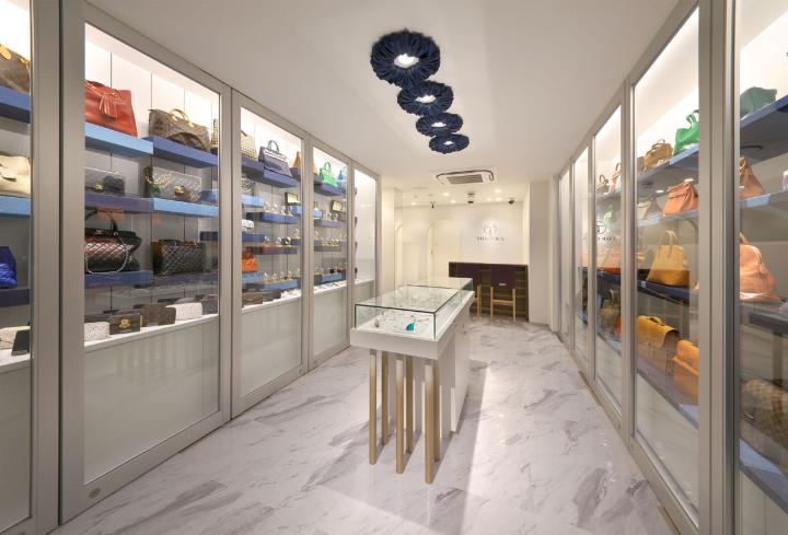 Tokioka shinsaibashi store by voiger osaka japan for Design hotel osaka