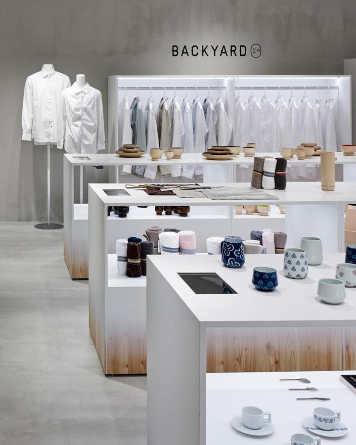 日本横滨–BACKYARD概念服装店设计