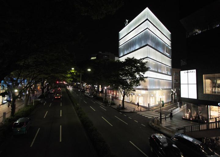 日本东京–迪奥旗舰店设计