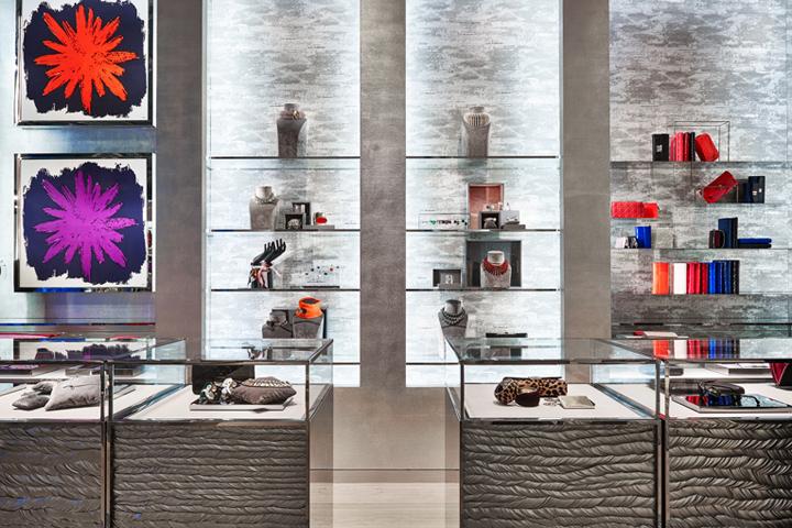 看顶级奢侈品店是如何设计的 美国纽约市dior迪奥专卖