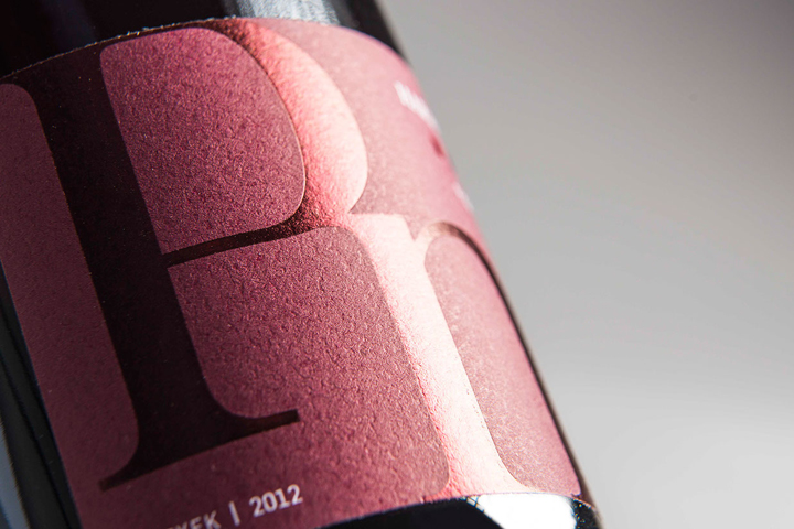 Haraszthy Vineyards packaging by Abstrct Group 03 Haraszthy Vineyards packaging by Abstrct Group