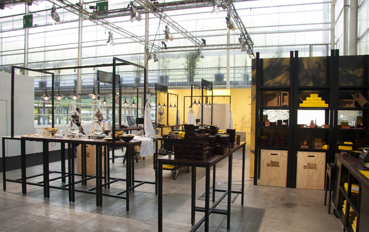 Exhibition Stand Minimalist : Tom dixon booth by unibox modular system at maison et