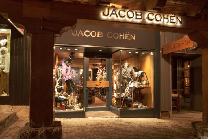 jacob cohen flagship store by area 17 courchevel france. Black Bedroom Furniture Sets. Home Design Ideas
