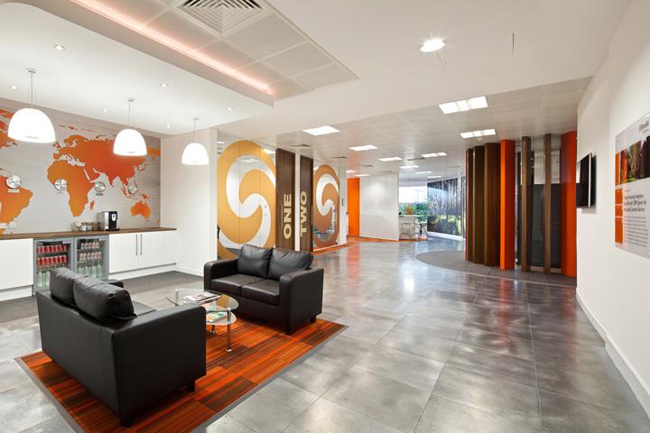 Wooden planks retail design blog for Office design principles