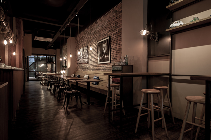 Sojourner caf by oliver interior design kaohsiung taiwan - Interior leather bar free online ...