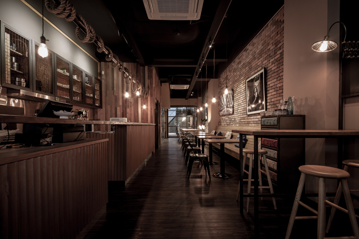 Sojourner caf by oliver interior design kaohsiung for Interior cafe designs
