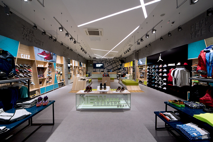 The new STREET BEAT brand and store project was developed by LINII Group and Shopworks. The strategy of the brand was developed with the active