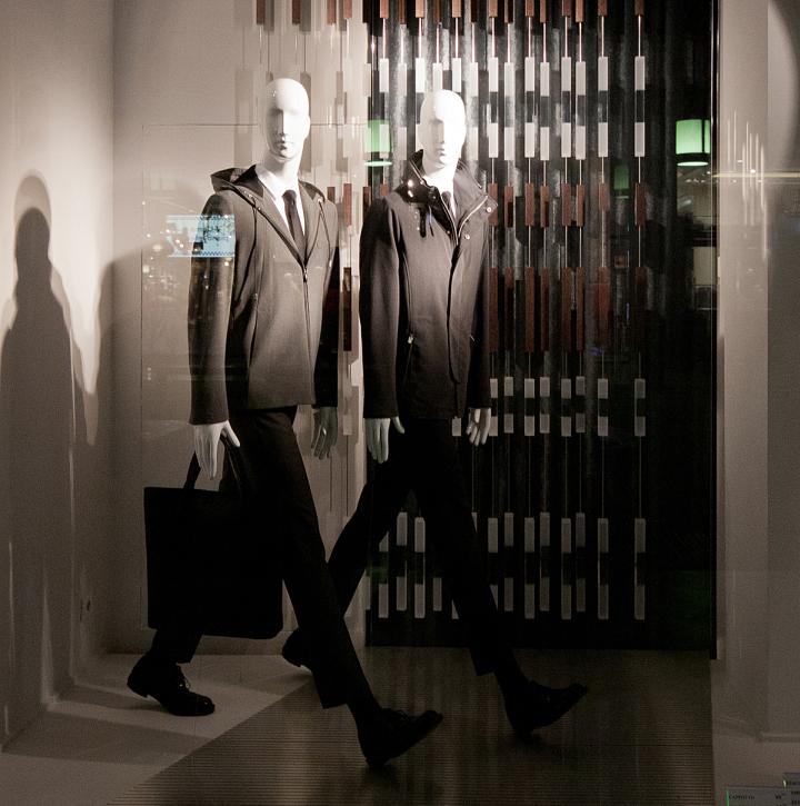 意大利米兰–Zara品牌男装橱窗设计