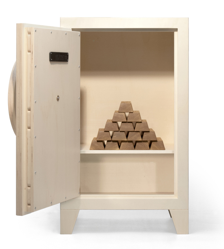 Mr.knox Cabinet By Stephan Siepermann