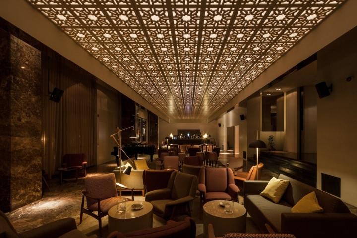 Bozen bar by central arquitectos braga portugal for Bozen design hotel