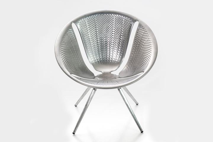 diatom infinitely stackable chair by ross lovegrove for moroso