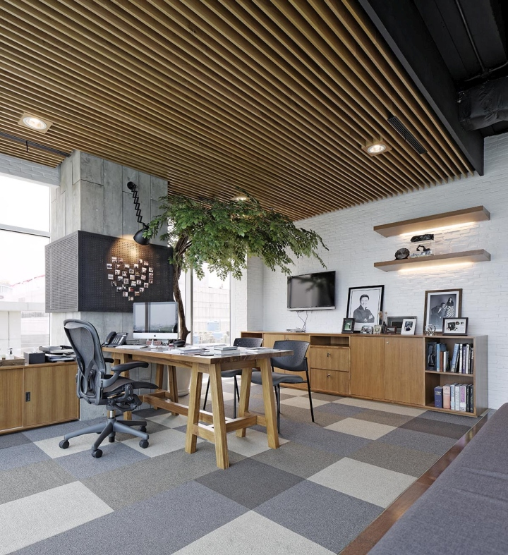 Jpcc office by sidharta architect jakarta indonesia for Office design wellbeing