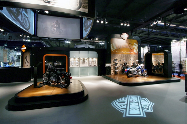 Modular Harley-Davidson space concept by Axis Design Maior, Milan u2013 Italy u00bb Retail Design Blog