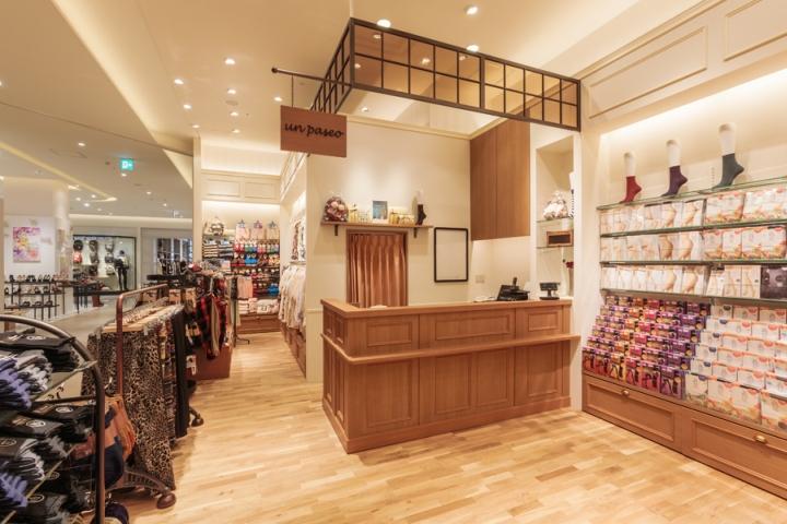 日本Un paseo丝袜店设计