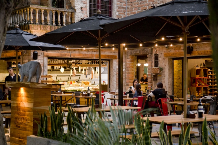 Bonhom 237 A Salumer 237 A Deli Amp Restaurant By Blaster Medell 237 N