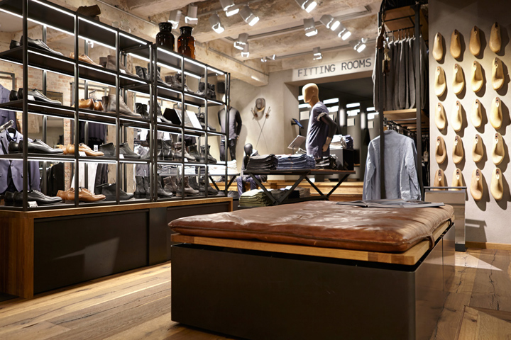 4542a2c2c33e8 The leading Danish jeans brand Jack   Jones has opened a store measuring  364m2 on the popular shopping street, Strøget, in the Danish capital,  Copenhagen.