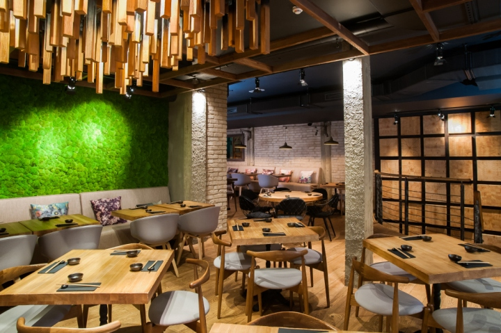 Murakami restaurant by seventh studio london uk for Restaurant design london