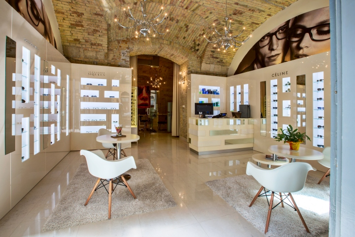 The store is located in a busy and very stylish street in the centre of  Budapest. The original brick wall and the high rise arches are the  characteristic ... 0044b8dfb5
