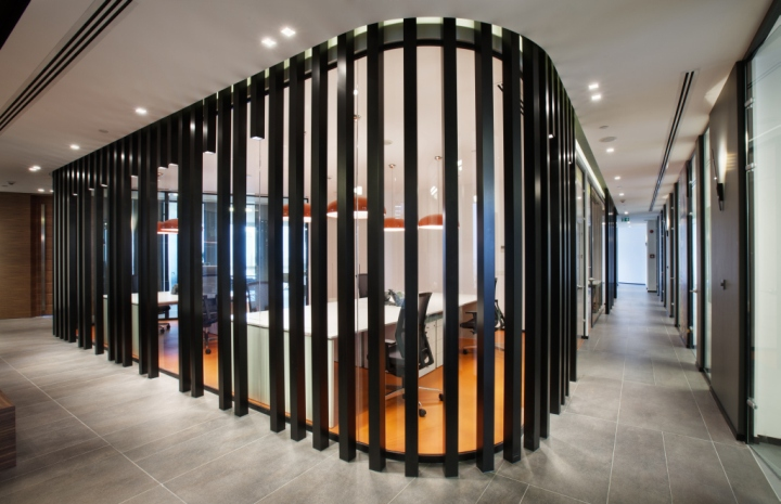 Foyer Landry Office : Philip morris travel and sales office by mimaristudio