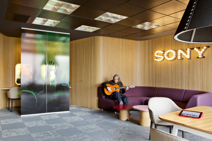 music hq sony aecom strategy madrid spain collection