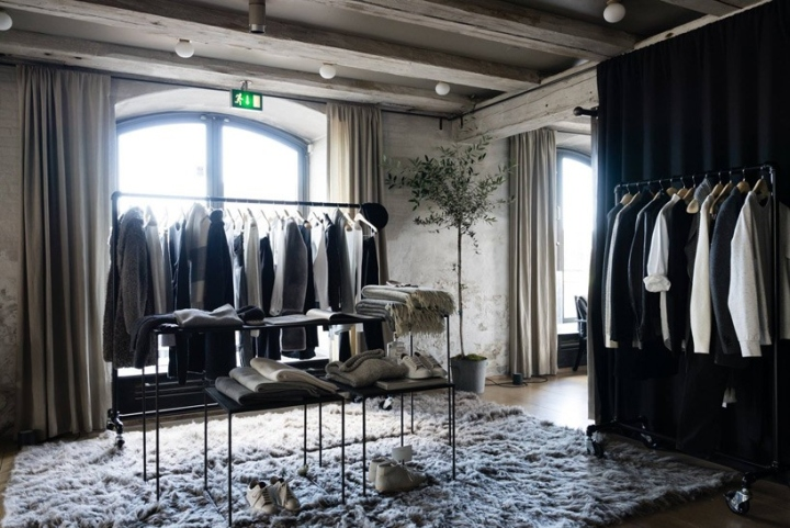32b18680ced Club Monaco Pop-up Boutique in Noma Restaurant