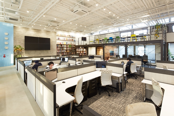 Draft office tokyo japan retail design blog for Office design japan