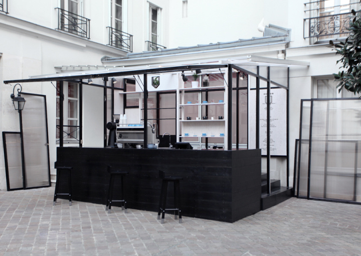 Honor caf by studio dessuant bone paris france for Garden kiosk designs