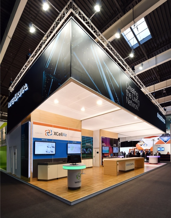 Interdigital booth by glow exhibitions at mobile world for Design hotel glow