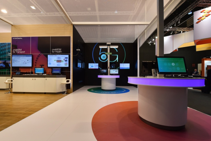 187 Interdigital Booth By Glow Exhibitions At Mobile World