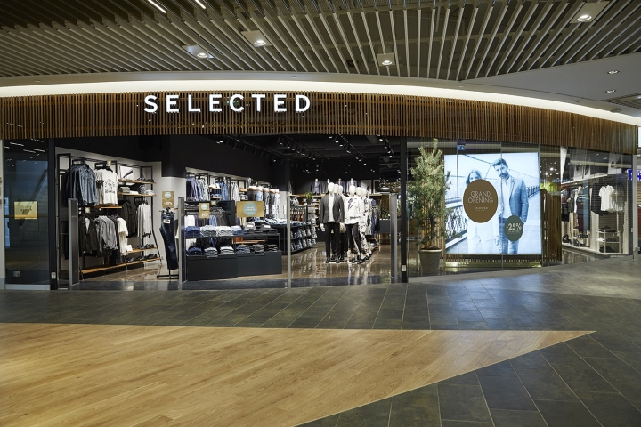 187 Selected Femme Homme Store By Riis Retail A S