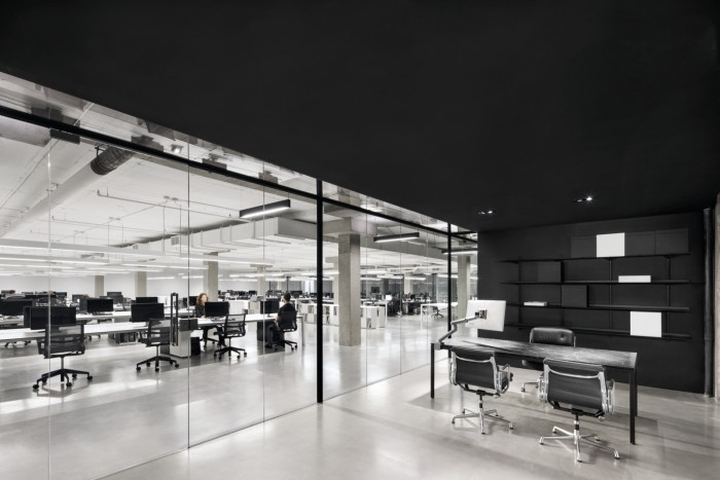 Situated at the top of 333 Chabanel in Montreal, the new SSENSE office takes an entire floor of a former textile factory and transforms the space into a