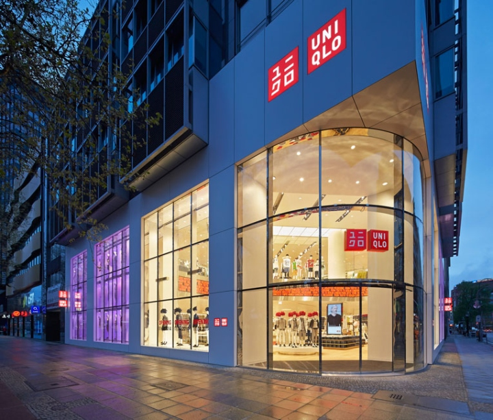 uniqlo flagship store by wonderwall berlin germany. Black Bedroom Furniture Sets. Home Design Ideas