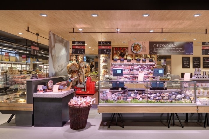 Carrefour gourmet market by interstore design and