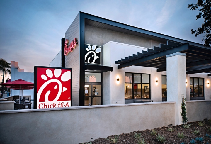 the experience of eating at the chick fil a restaurant On wednesday morning, the santa maria chick-fil-a — the second santa barbara county location for the national chicken chain — offered more than 50 people a year of meals in.