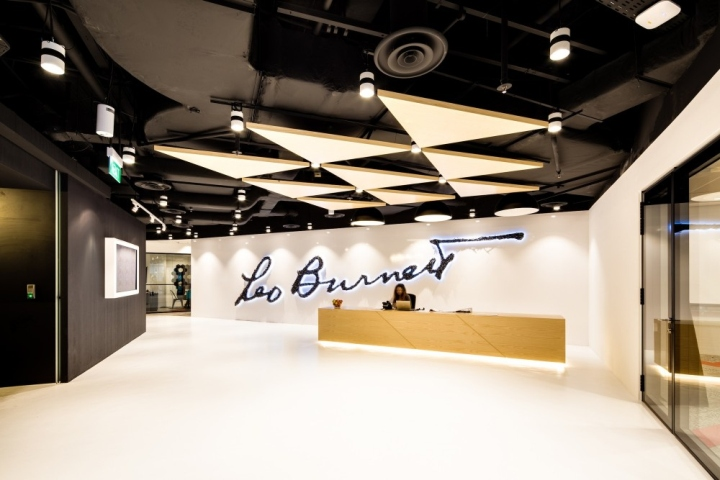 Leo Burnett Incorporates U0027WEu0027 Spaces, Local Culture, Geometric Motifs And  Art Installations That Fuse East And West, Old And New, To Create A  Collaborative, ...
