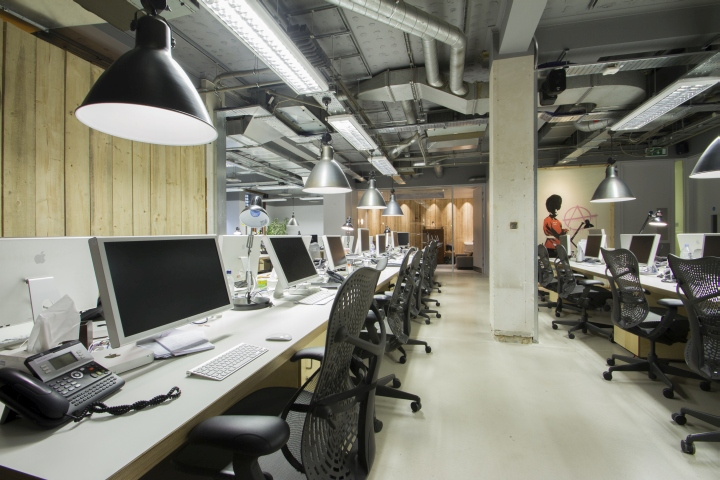 Moving picture company s offices by b3 designers london for Retail design companies london