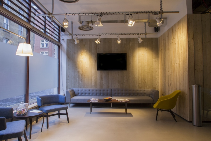 Moving picture company s offices by b3 designers london for Design companies london