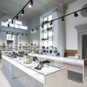 Porta 9 Shoe Concept Store by Tamara Muradova 14d00b9212045