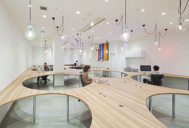 Design: KAMITOPEN Architecture / Masahiro Yoshida / Riyo Tsuhata  Photography: Keisuke Miyamoto