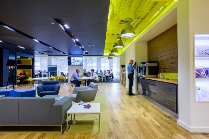 Arup offices by tsk group manchester uk retail design for Office interior design uk