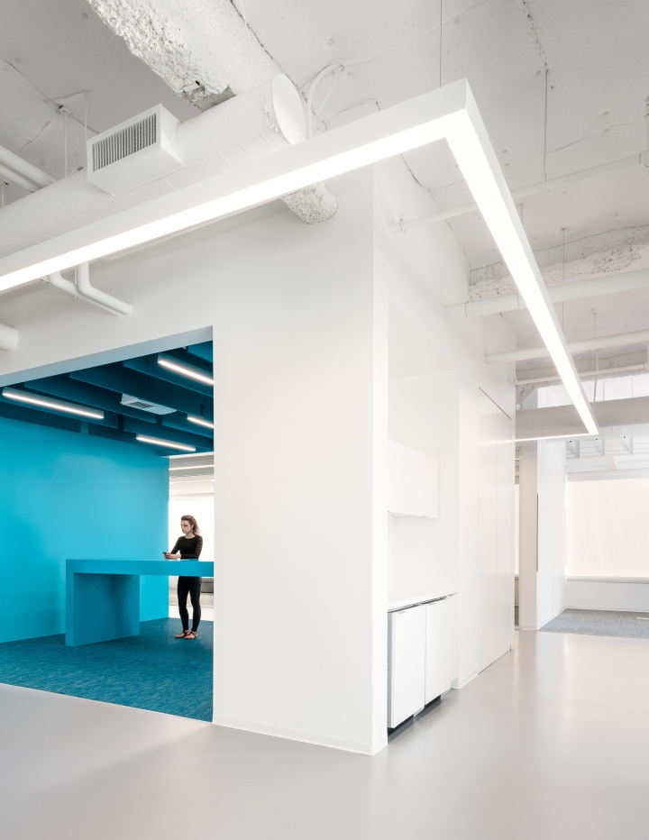 Elastic office by garcia tamjidi architecture design for Office design archdaily