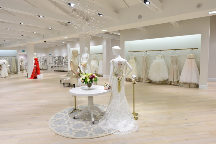 187 Kleinfeld Bridal Store By Hbc Store Planning At Hudson S Bay Toronto Canada