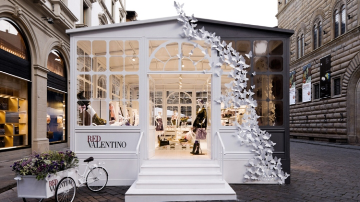 Pop Up Stores Redvalentino Greenhouse Pop Up Store