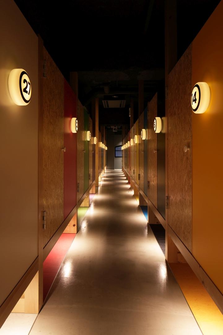 Internet Manga Caf 233 Amp Capsule Hotel By Fan Inc Tokyo