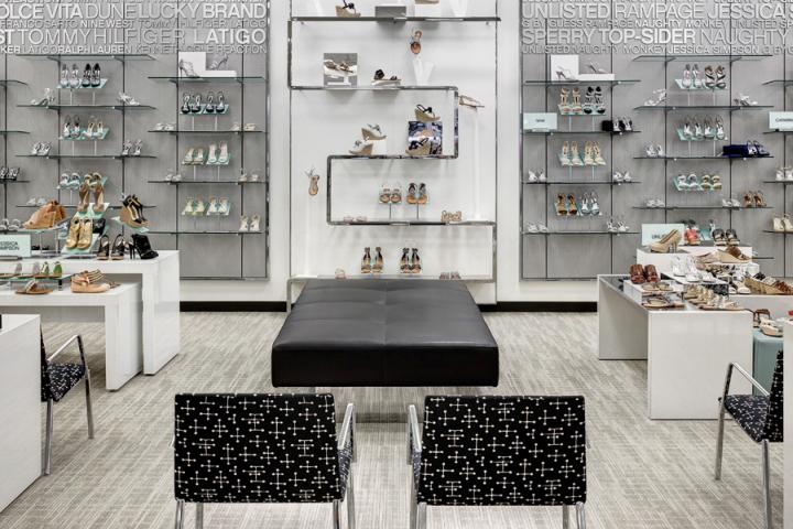 newest 27e6c a9a8d S-shaped Perimeter Shoe Fixture by JPMA at Belk – Dallas Galleria Shopping  Mall, Dallas – Texas