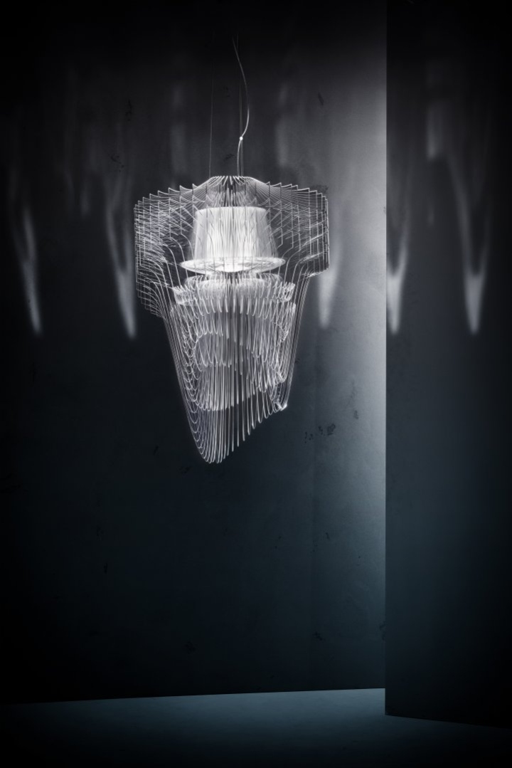 Transparent chandelier by zaha hadid for slamp retail for Zaha hadid lamp
