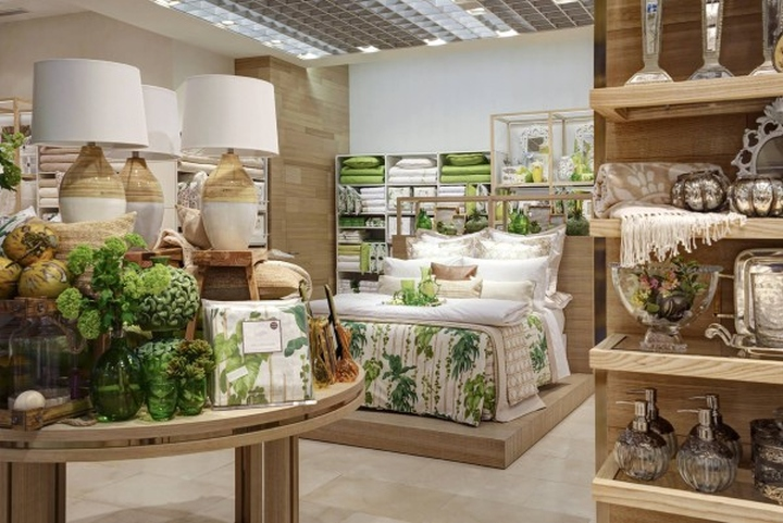 zara home windows milan u italy
