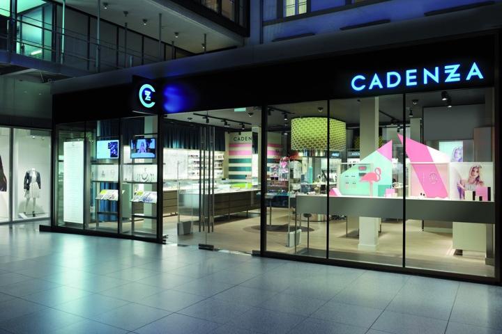 Cadenzza concept store by dfrost innsbruck austria for Designhotel innsbruck
